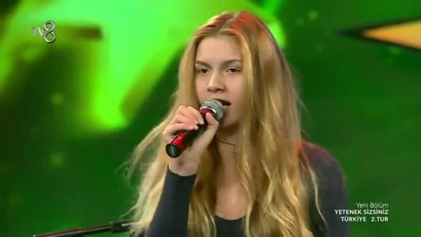aleyna-tilki-eledim-eledim-yetenek-sizsiniz-turkiye-2tur-performansi_9624743-21120_854x480.jpg